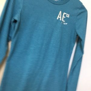 American Eagle Outfitter  long sleeve tee